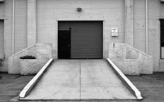 Площадка перед гаражом. Требования и методы обустройства.