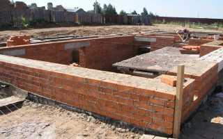 Кладка цоколя своими руками: советы по строительству