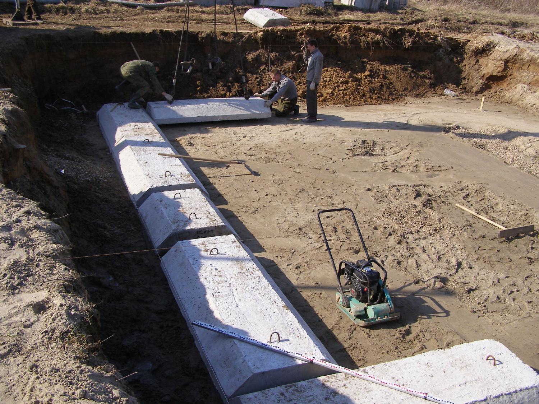 Готовые заводские подушки обеспечат крепость и надежность строения