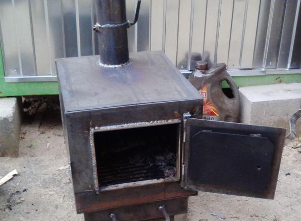 Классическая самодельная печь для обогрева гаража