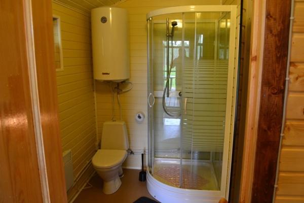 Душ и туалет в гараже