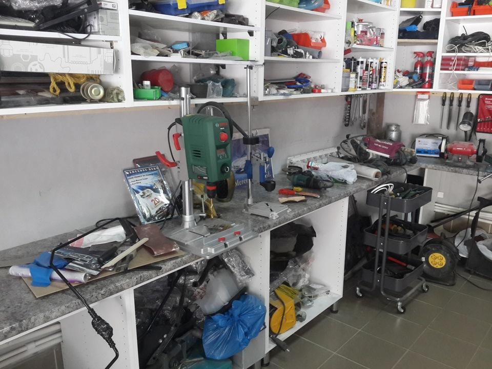 Оборудованное рабочее место для поточного ремонта должно быть эргономичным