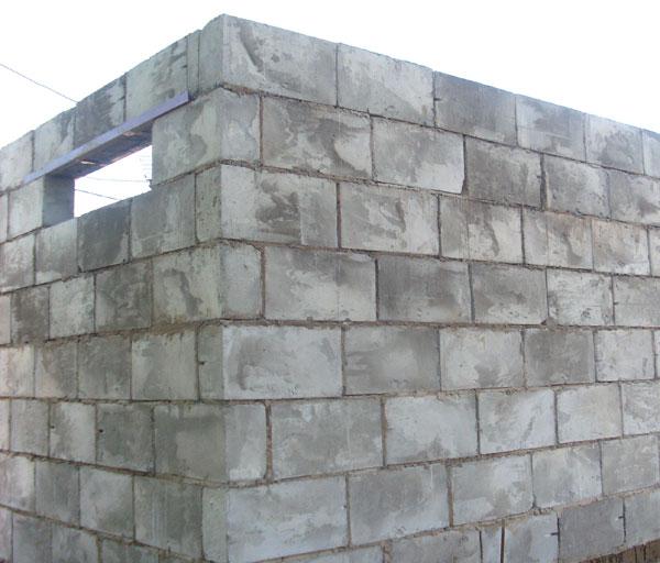 Вариант кладки стены из шлакоблока для гаража