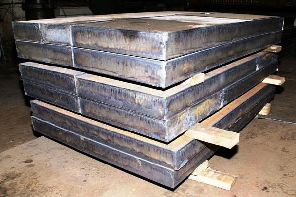стальные плиты