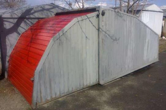 Такая конструкция гаража очень проста и компактна