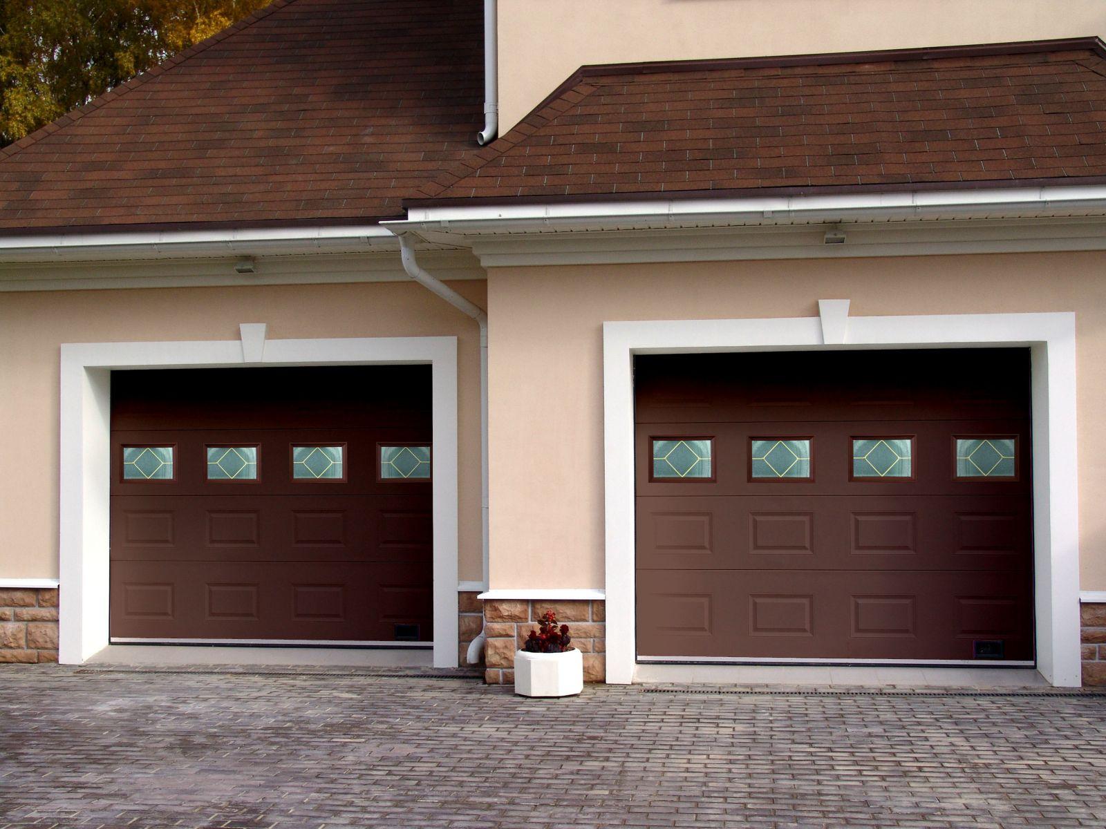 Богатые ворота для гаража