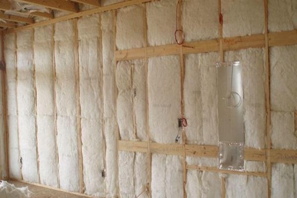 стены в стекловате