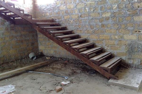 железная конструкция