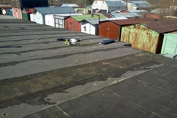 крыши гаражей