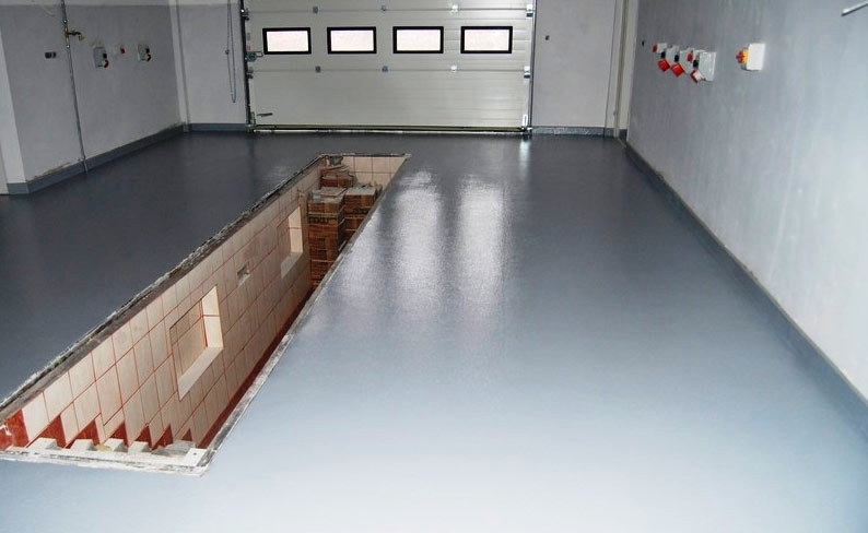 Покрытие в гараже должно быть крепким и износостойким