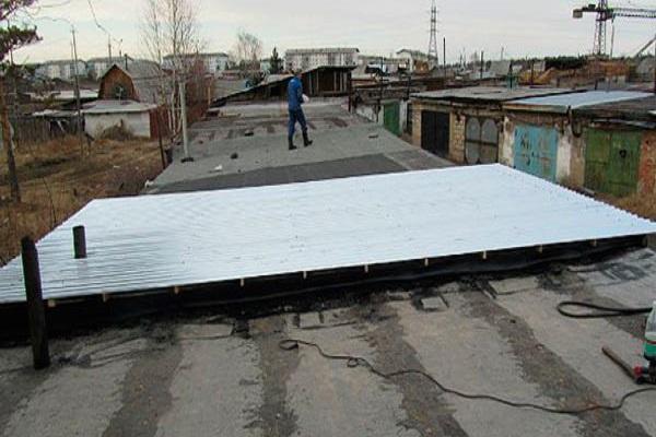 крыша гаражей