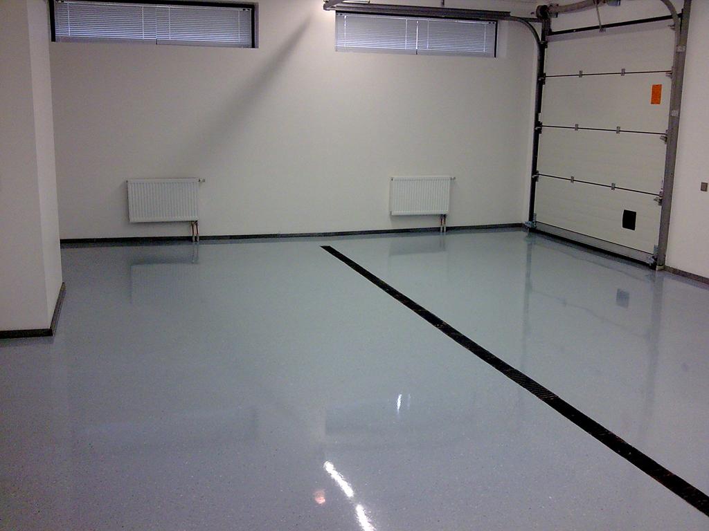 Выгодное решение для гаражного пола