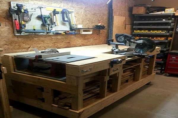 стол с оборудованием
