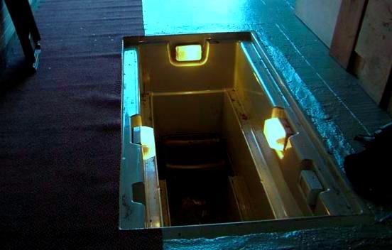 освещение в яме гаража