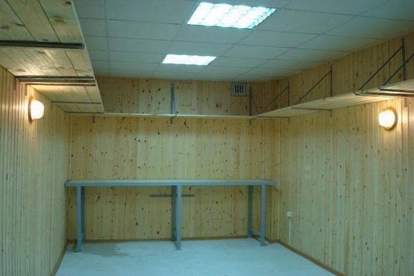деревянный гараж