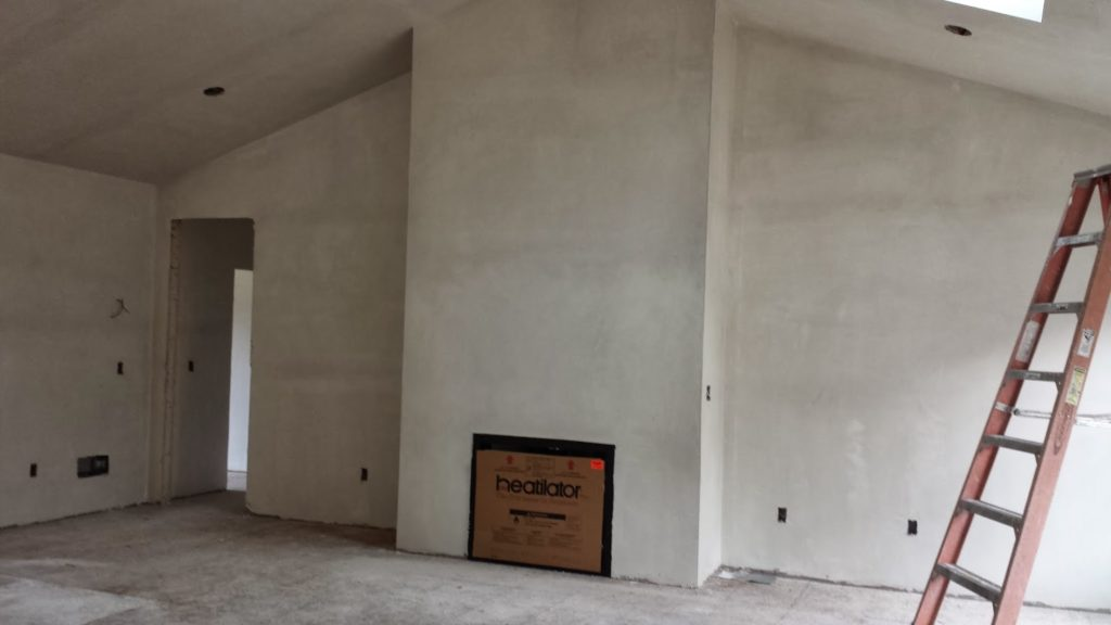 штукатурка стен в гараже