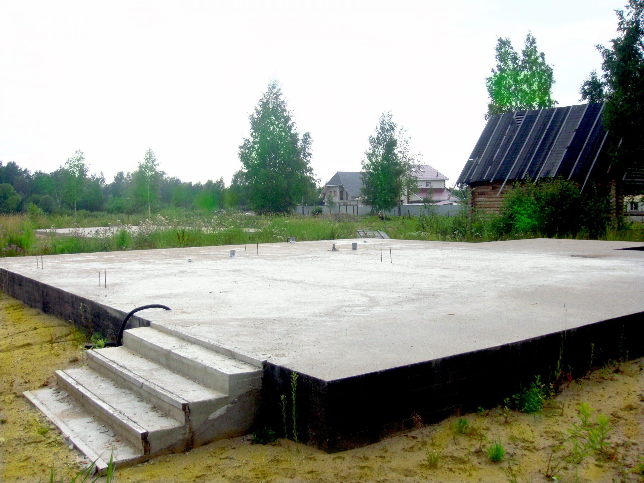 Залитая основа для построения гаража