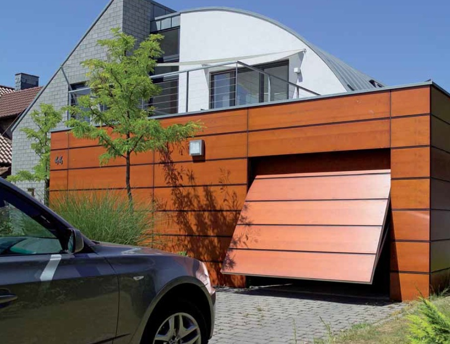 Элитный гараж с воротами