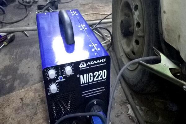 агрегат у машины