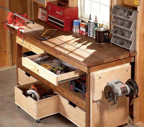 Рабочий многофункциональный стол для гаража поможет хранить мелкие детали в полном порядке