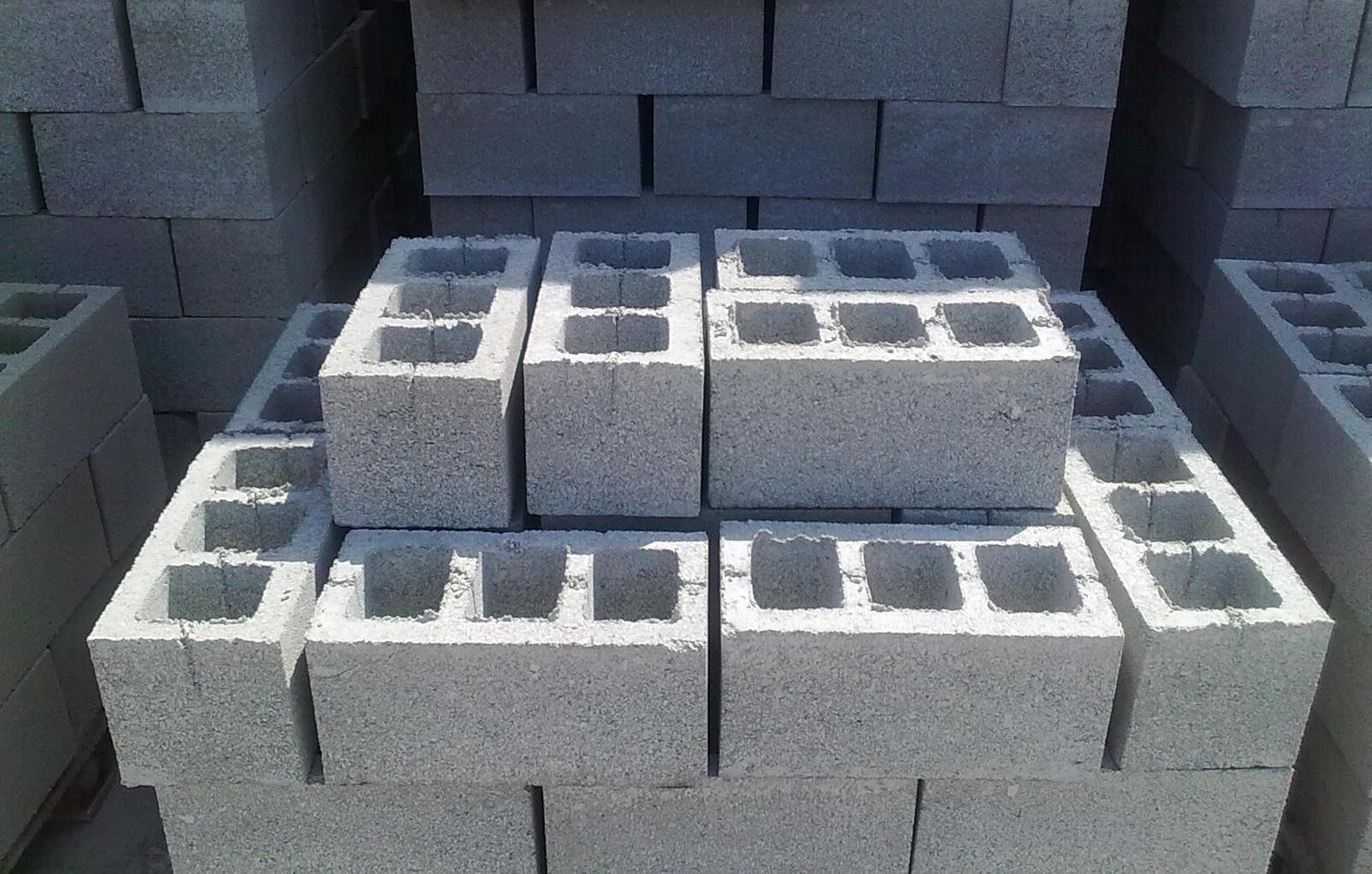 Шлакоблоки позволяют значительно ускорить и удешевить строительство