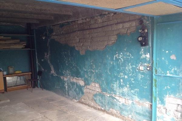 стена в помещении