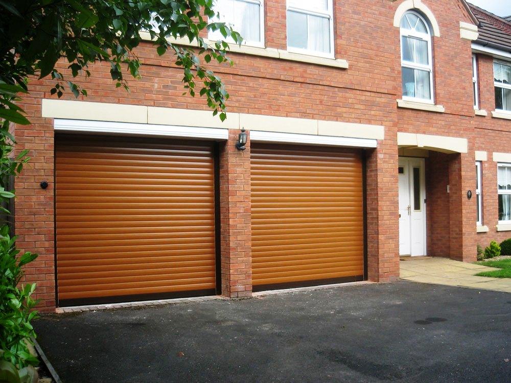 Стильные рольставни съэкономят пространство и украсят фасад гаража