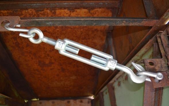 стяжки для ворот гаража