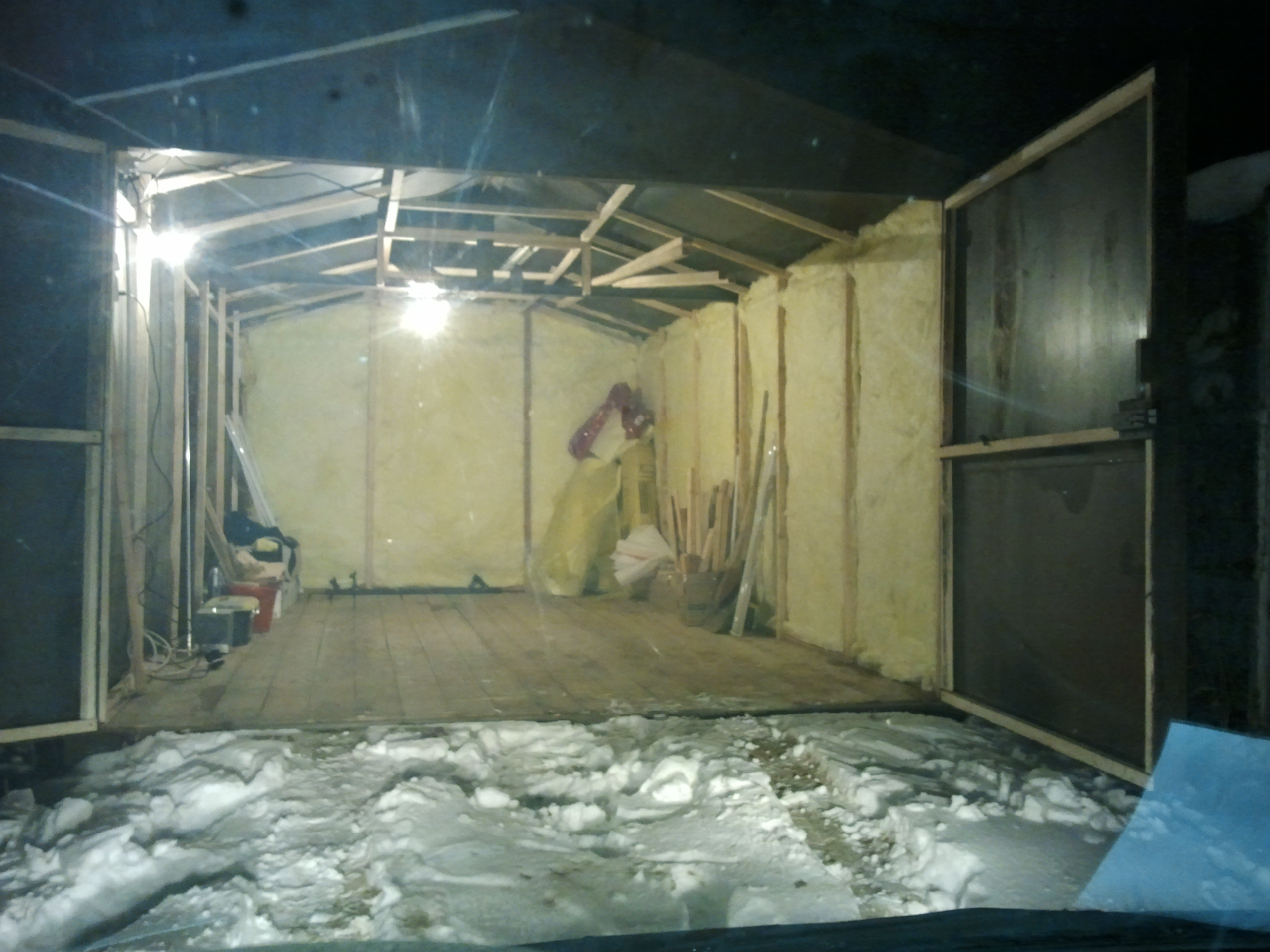 Утепляем гараж из железа