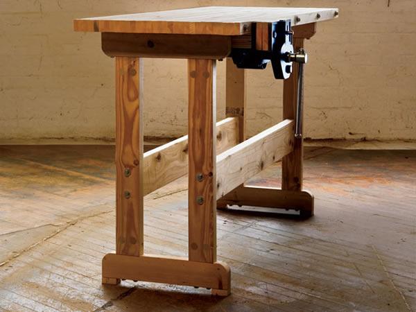Столярный стол для мастерской можно сделать своими руками